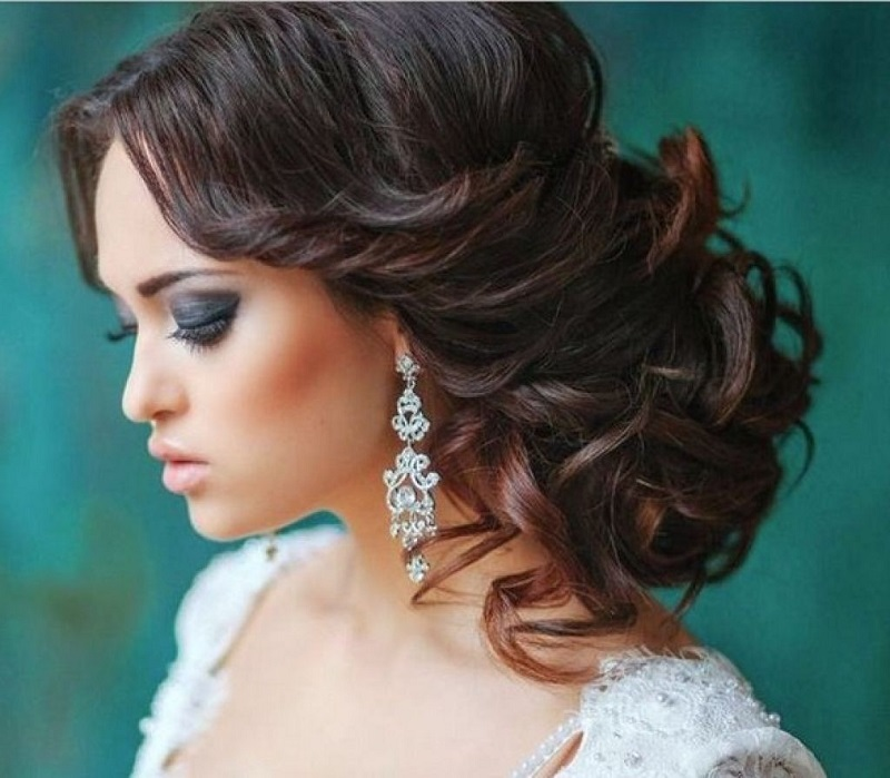 Water waves: The hairstyle that creates trend in brides and guests