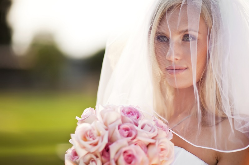 How to choose the bride's veil