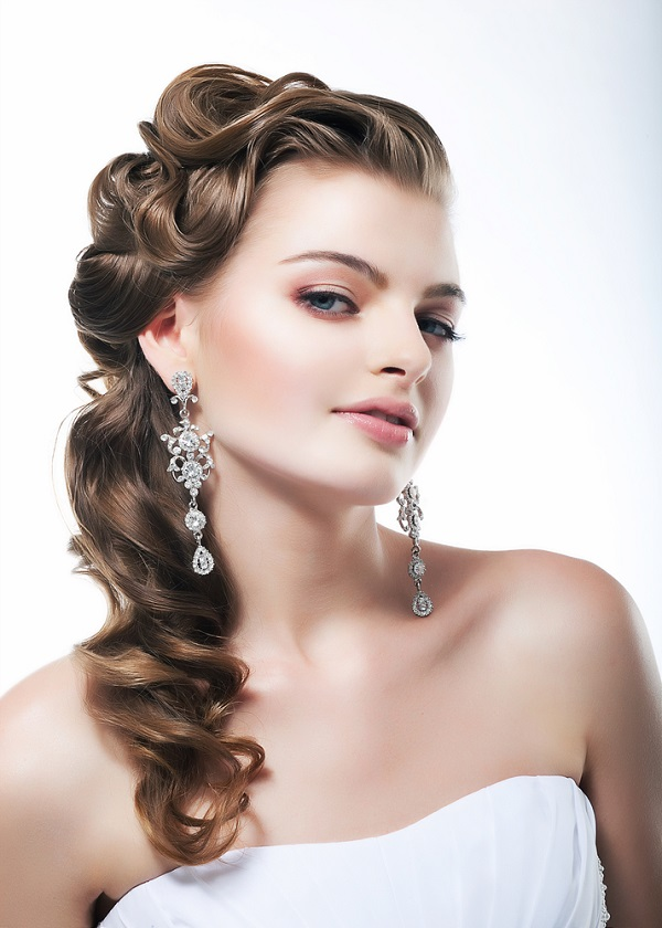 Hairstyle for a wedding