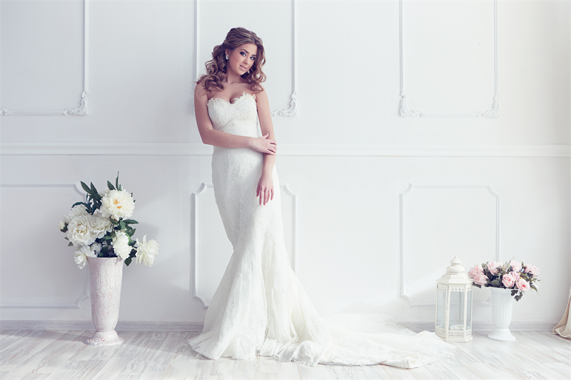 The Right Steps To Follow When Searching Bridal Gown
