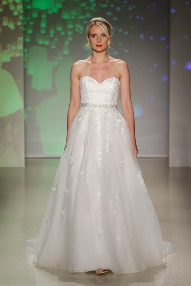 Disney_princess_wedding_dress