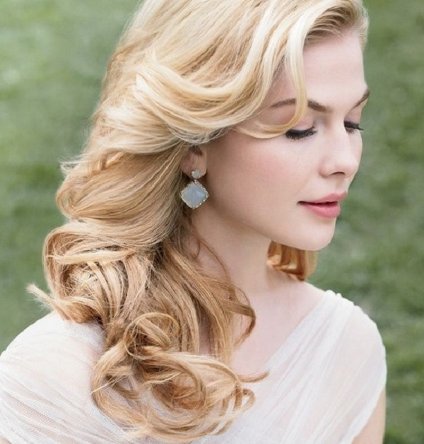 Wedding Hairstyle Bride 2016: Hairstyles for a winter wedding