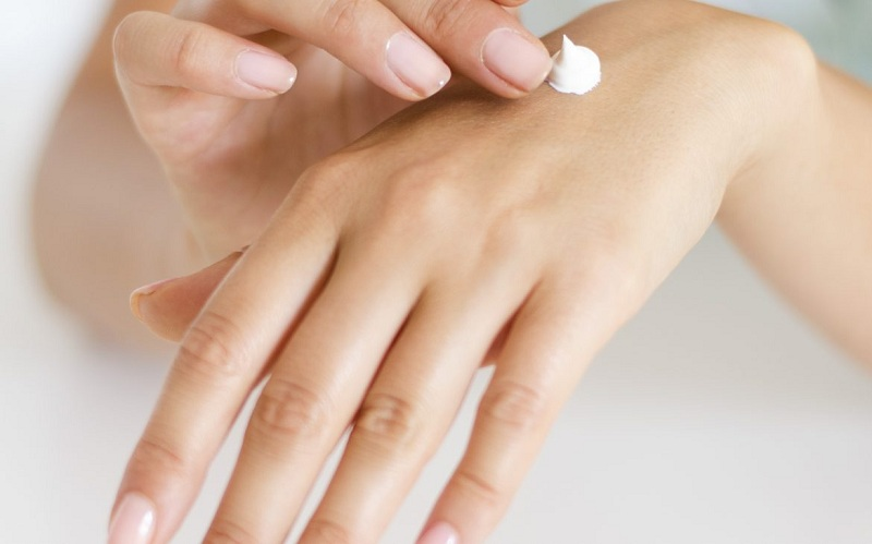 Moisturize your hands with cream after washing them or apply anti-bacterial gel