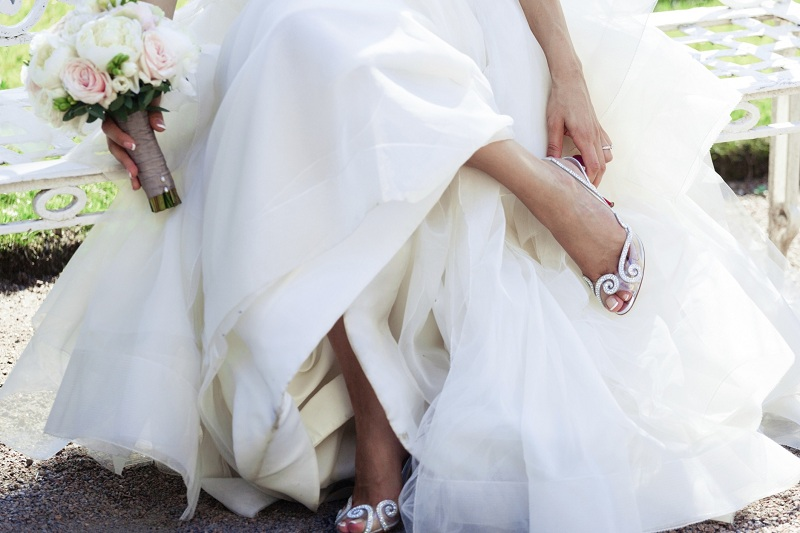 Five ideas to choose comfortable and stylish bridal shoes