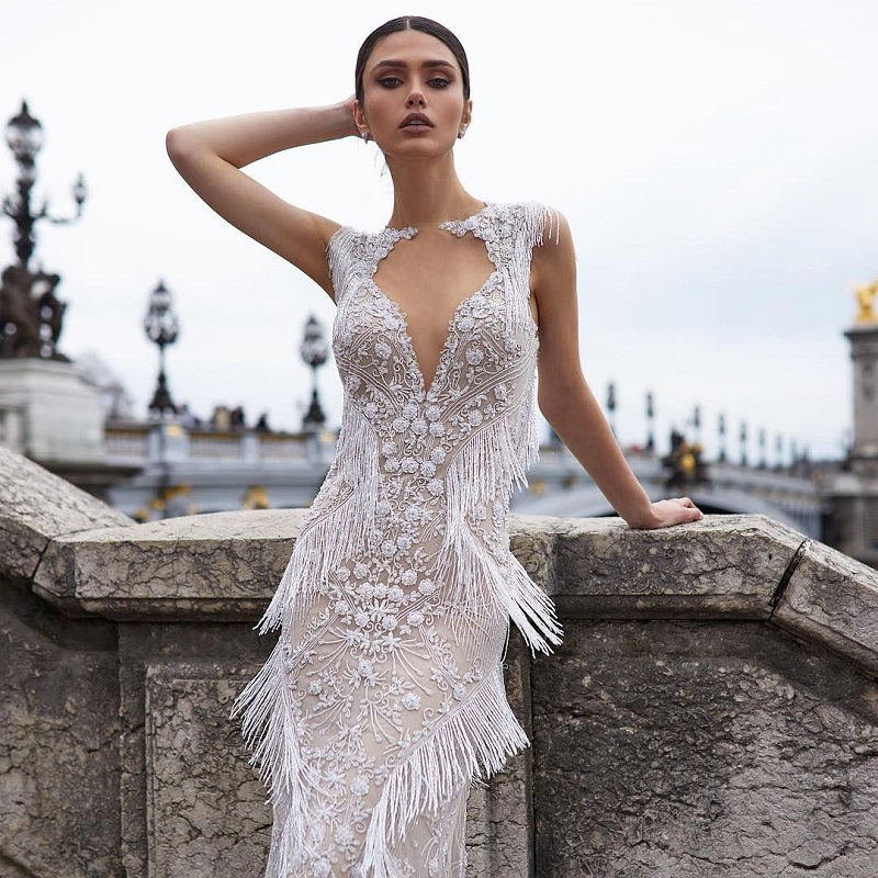 15 fringed wedding dresses for a glamorous bridal look